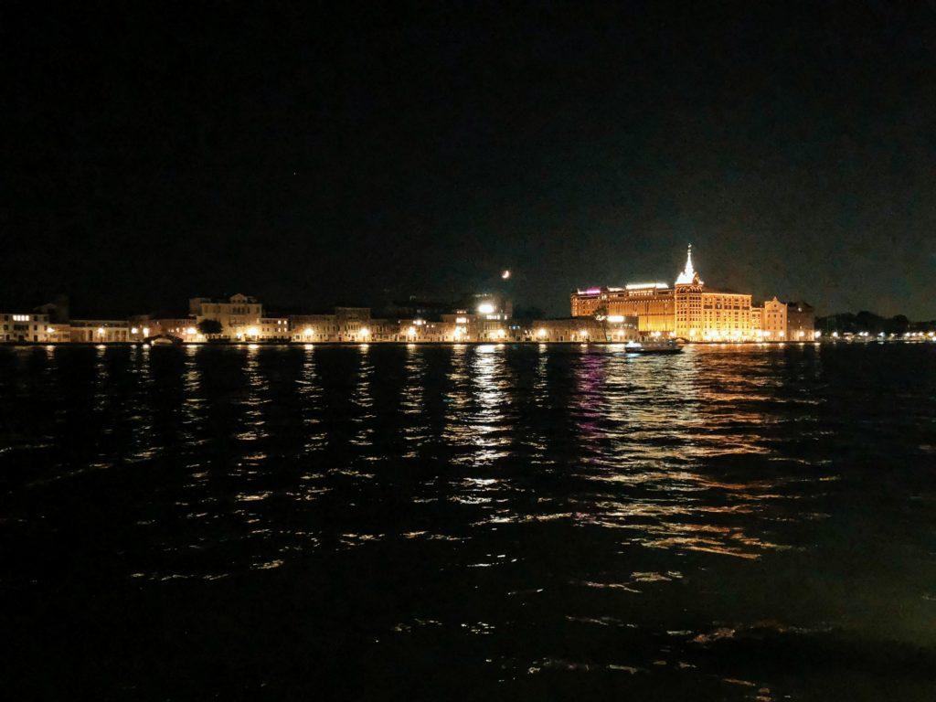 Hilton Molino Stucky Venezia hotel aperitivo romantico
