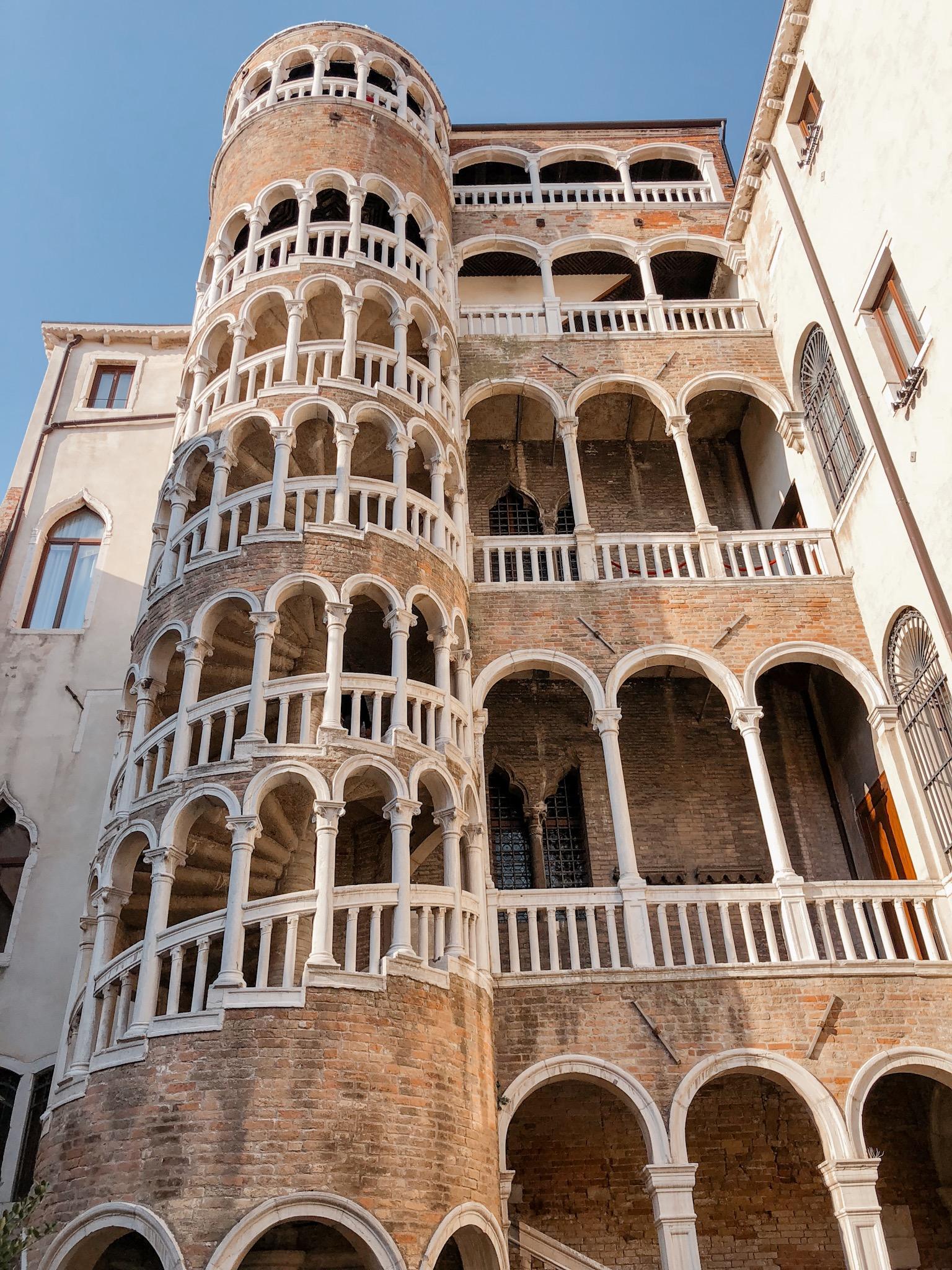 Scala Contarini del Bovolo Venezia