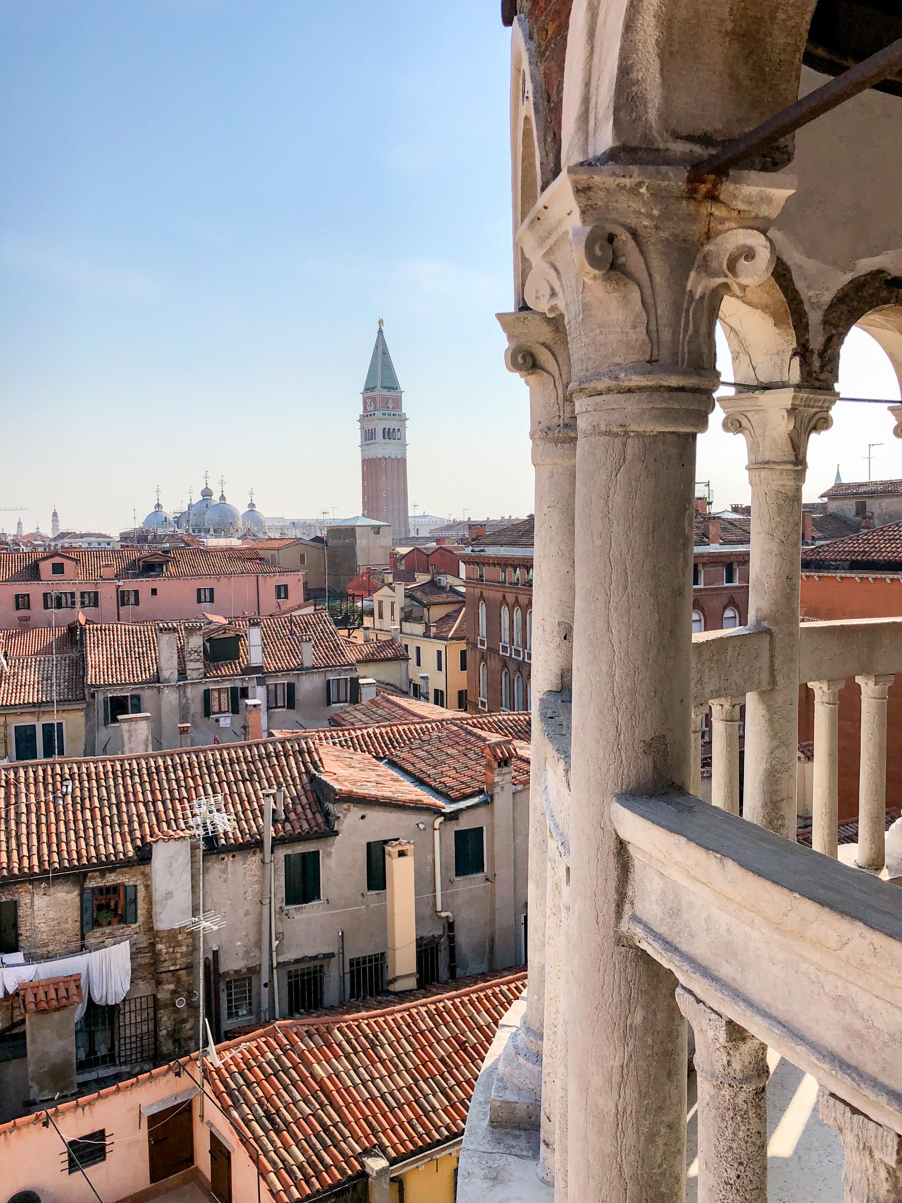 Vista Scala Contarini del Bovolo Venezia